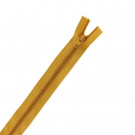 Fermeture éclair non séparable fine nylon - camel
